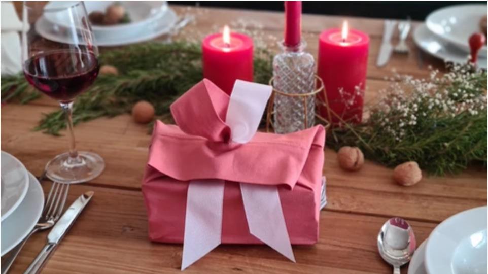 Weihnachten mit Mehrweg-Geschenkverpackungen